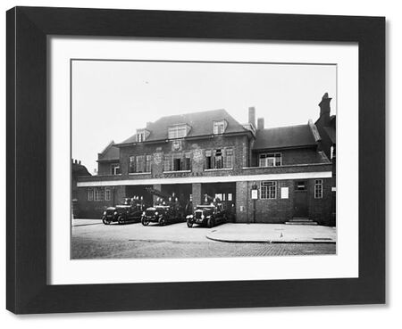 Built by the London County Council (LCC) and opened in 1928, Dockhead fire station replaced two older Bermondsey fire stations that were closed down