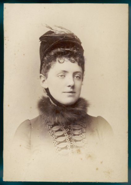COUNTESS OF AIRLIE