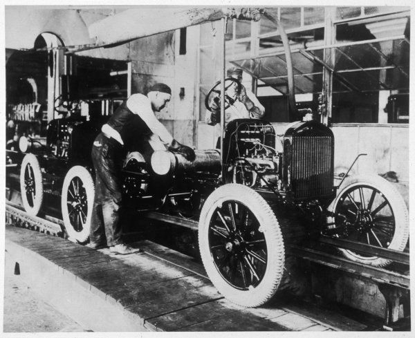 Working on the Ford assembly line in Detroit, USA
