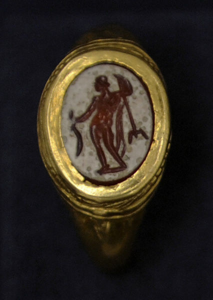 God Neptune depict in a ring. 1-100