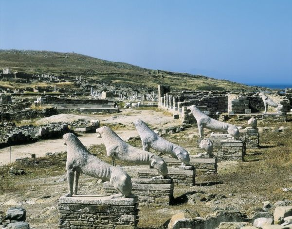 GREECE. SOUTHERN AEGEAN. CYCLADES. Delos. Sanctuary