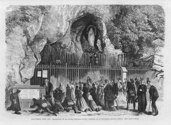 Pilgrims at the grotto - the Spanish caption refers to the Lourdes devotion as a 'popular superstition'