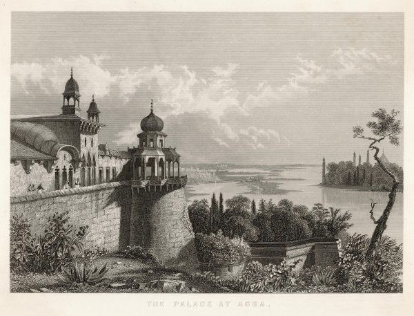 INDIA/AGRA. THE PALACE overlooking the Yamuna river