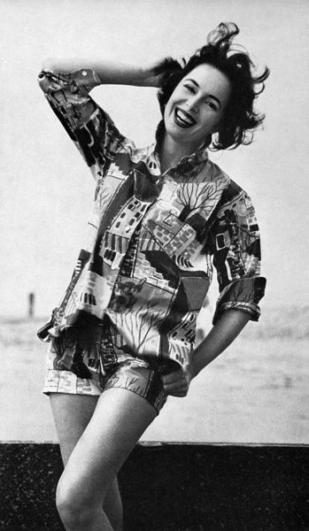Printed matching shorts and shirt outfit, 1956