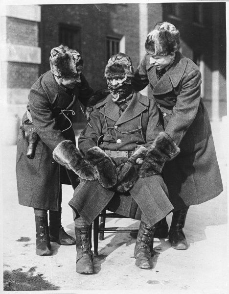 Soldiers stationed at Governor's Island (U.S.A.) were provided with fur hats and gloves to protect them from the severe cold wintery conditions