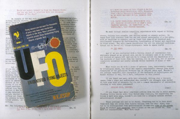 'THE CASE FOR THE UFO' (Jessup) The pocketbook edition and a spread from the Varo reprint, with Allende's notations concerning the 'Philadelphia Experiment'