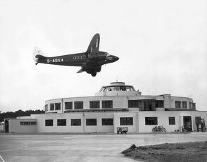 The beehive terminal building at Gatwick Airport in 1937