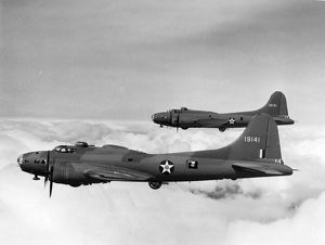 Two Boeing B-17E Flying Fortress, 41-9131 and 41-9141