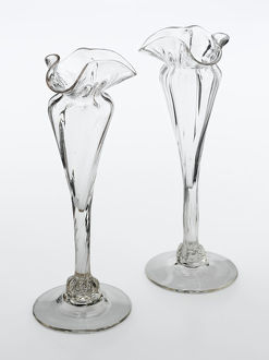 geffrye museum collection/clear glass vases spreading foot long slim stem
