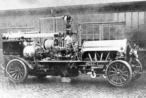 london fire brigade/finchley fb first british motor propelled fire