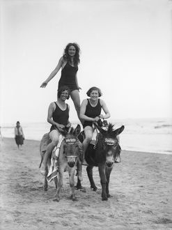 GIRLS ON DONKEYS 1920S