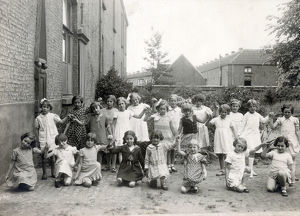 new items grenville collins collection/infant primary school england schoolgirls