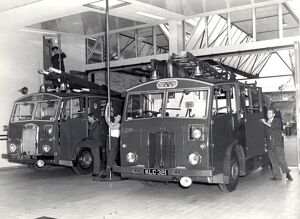 london fire brigade/lcc lfb fire station appliance room engines