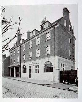 london fire brigade/lcc lfb pageants wharf fire station rotherhithe