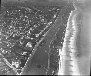 O E Simmonds aerial view of the Frinton-on-Sea Essex