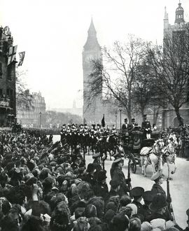 Royal Wedding 1947 - procession to the Abbey