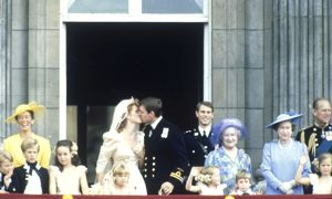 Royal Wedding 1986 - Kiss on the balcony