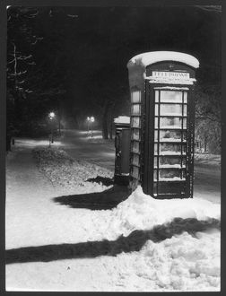 TELEPHONE KIOSK IN SNOW