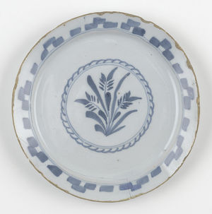 geffrye museum collection/tin glazed earthenware plate painted blue central