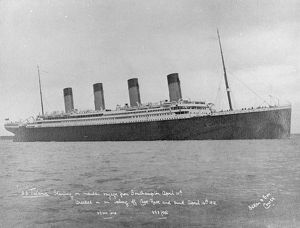 Titanic starting on maiden voyage