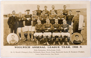 WOOLWICH ARSENAL TEAM