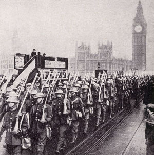new items grenville collins collection/ww1 british troops crossing westminster bridge